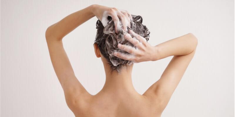 lady washing her hair